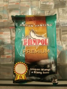 Umpan Mancing Ikan Emas Djempol Biang Susu