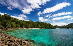 10 Spot Mancing paling Asik di Indonesia